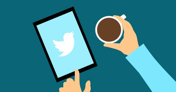 twitter-mobile-and-coffee